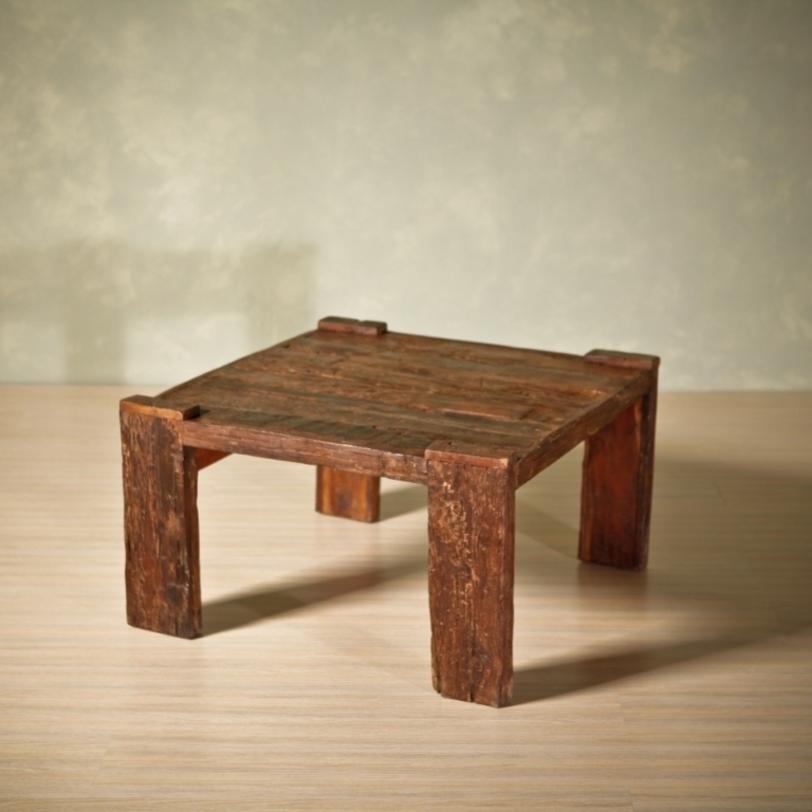 Как сделать журнальный столик из досок своими руками 59